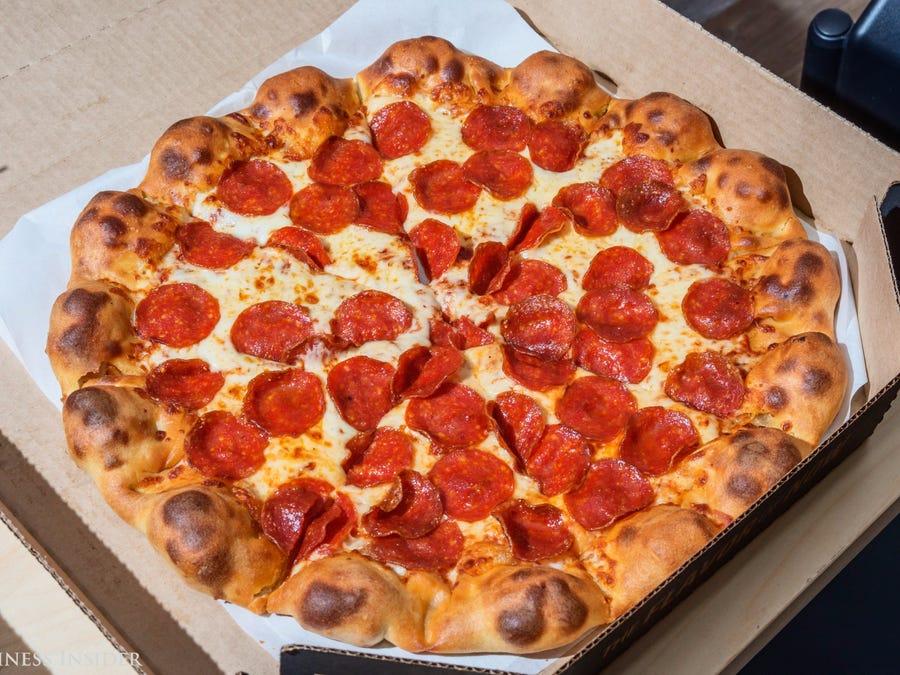 La brève histoire de la livraison de pizza: de Naples à l'espace extra-atmosphérique