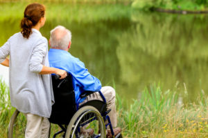 Les 10 principales qualités à rechercher chez un aidant à domicile