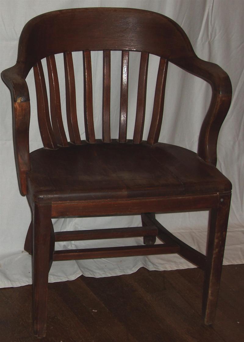 Produits pour vous aider à restaurer et à remettre à neuf de vieux meubles