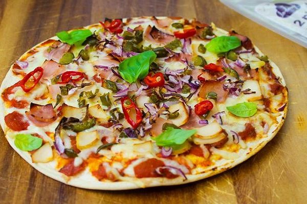 10 garnitures nutritives pour une pizza saine